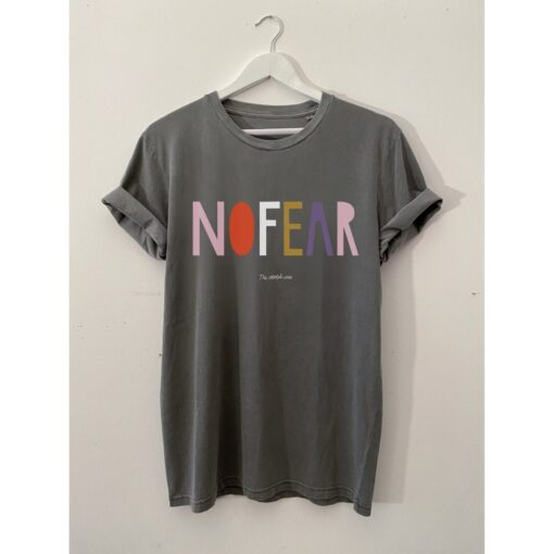"""The colorful crew T-Shirt """"No Fear"""""""